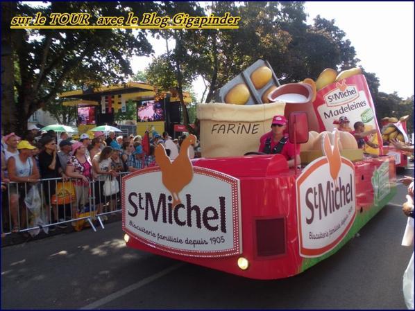SUR LE TOUR  A TROYES ...ST MICHEL