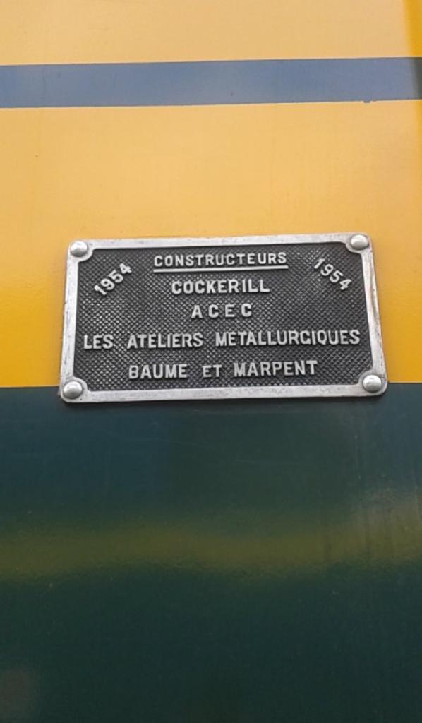 notre petite visite au musée ( PFT ) à Saint-ghislain ce 13/09/14 -- P20 -- magnifique loco diesel série 59 et sa plaque d'autentification