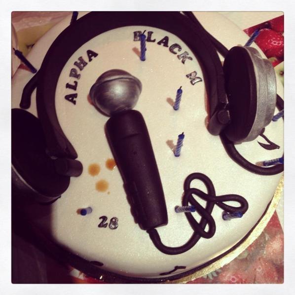 Mon chouchou et son gâteau d'anniversaire