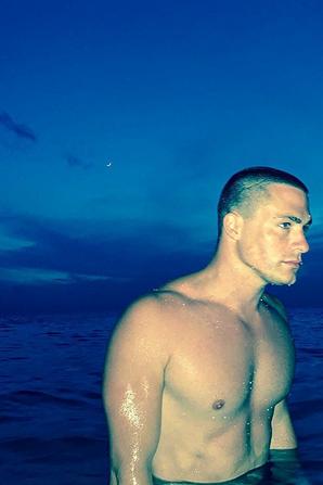 Photo instagram #HotPic @coltonhaynes en vacance a la plage #coltonhaynes