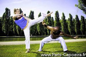 idée pour Soirée d'intégration étudiants à Paris, la Capoeira pour BDE, week-end d'integration fac de droit commerce grandes écoles et nouvelle promotion d'étudiants.