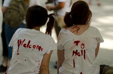 1ère Zombie Walk De Grenoble - Marche Zombie