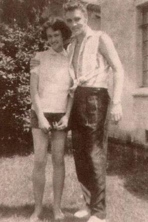 Elvis jeune