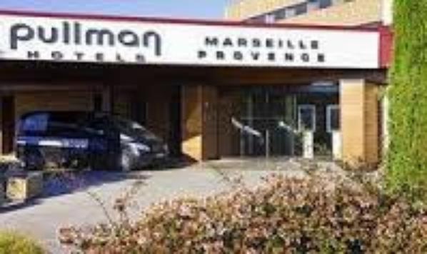 Bienvenue, Welcome, Bienvenida au Pullman Aéroport de Marignane