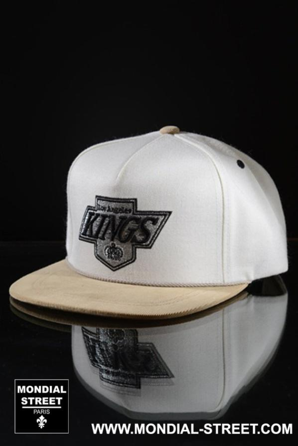 Casquettes Los Angeles KINGS marque Mitchell and Ness & New Era sur WWW.MONDIAL-STREET.COM