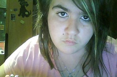 Moi en mode cheveux blouclés a cause d'une bataille d'eau ♥