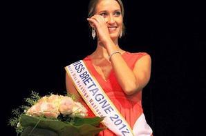 28.09.12 → Christelle était à l'élection de Miss Bretagne 2012 qui est Marie Muraille.