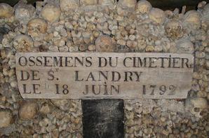 L'ossuaire de la place Denfert Rochereau  (Catacombe de paris) Prt 4