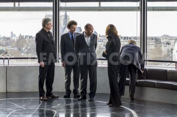 jack et ces amis aceuillent le presdent tunisien intervention des coygirls de lagent mad