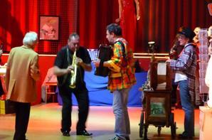 Quelques photos de la bourse et du salon de la maquette de cirque, ce week-end, au Cirque d'Hiver Bouglione