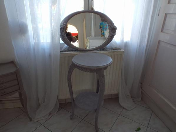 scellette et miroir