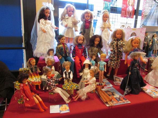 Exposition de ma petite collection de poupées mannequins