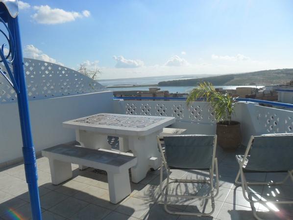 LOCATION N0 1  APPARTEMENT CANNELLE charmant F2  35m2 avec vue panoramique sur le Lagon