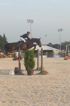 premier jumping 4* de mons: en image bientot plus de photo ;)