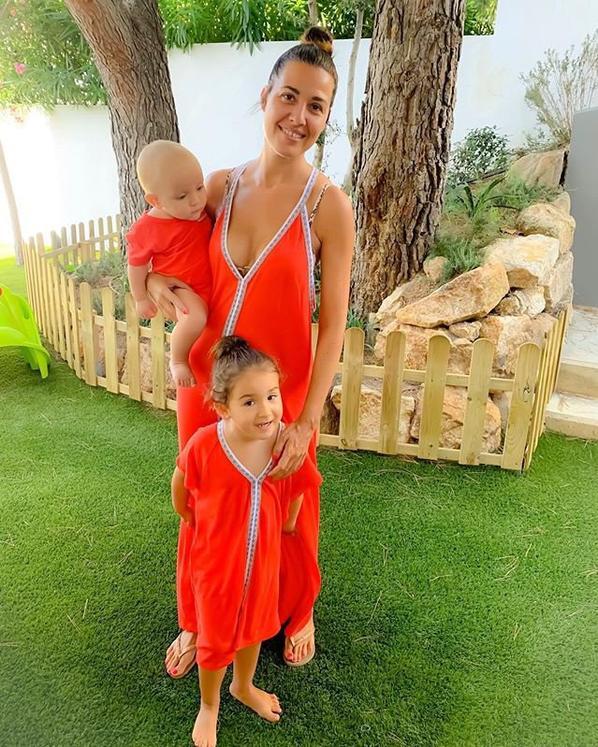 Nuria Hernandez & ses enfants (Xavi)
