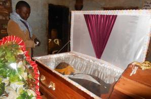 Inhumation de MBA à Tougan2 par Baleng