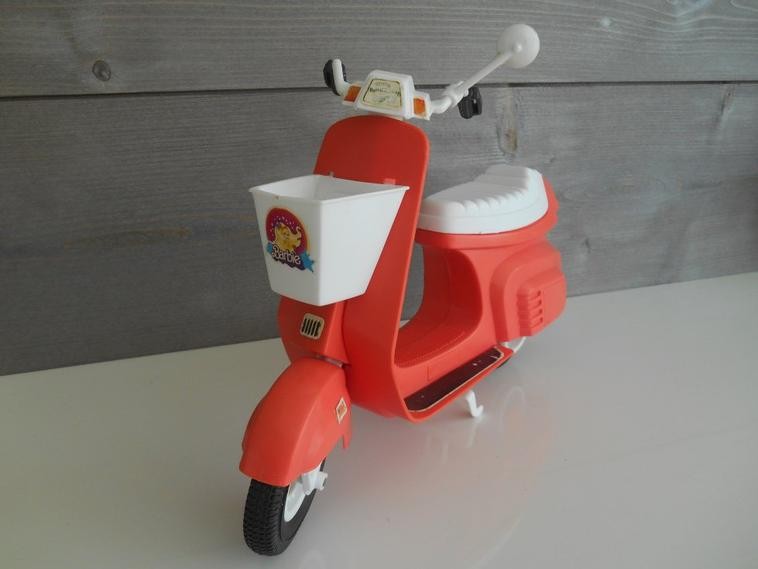 STAR CYCLE SCOOTER de BARBIE 1978