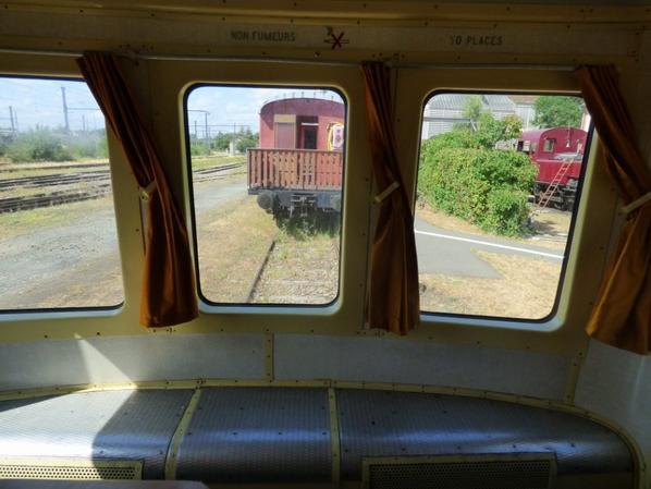 Vues extérieures depuis l'intérieur de l'autorail Picasso X3953