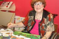 """PROJET J'AIME MA CITE """"de Carcassonne  : L 'ART  A  KORIAN LE BASTION avec  Mme   Arlette Mouton Artistes peintre et  Intervenante du GISC /Réservoir d'Artiste"""