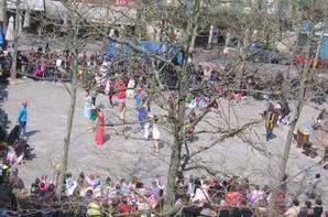 """Association gisc organise la 5° édition PLACE A LA DANSE à carcassonne  à partir de  11H00 déambulation """"Square Andrée Chénier """"18H00"""