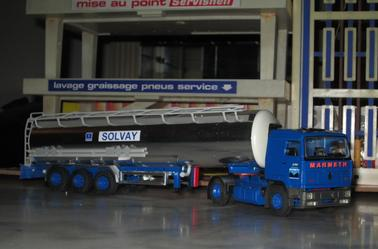 renault G 340 TI manadger marmeth  citerne chimique solvay