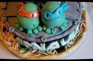 cake decore sur le theme de tortues ninja