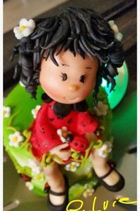 """ma creation d une figurine en pate a sucre """" poupée coccinelle """""""