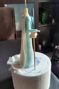 la reine des neiges - anna et elsa tout en pate a sucre