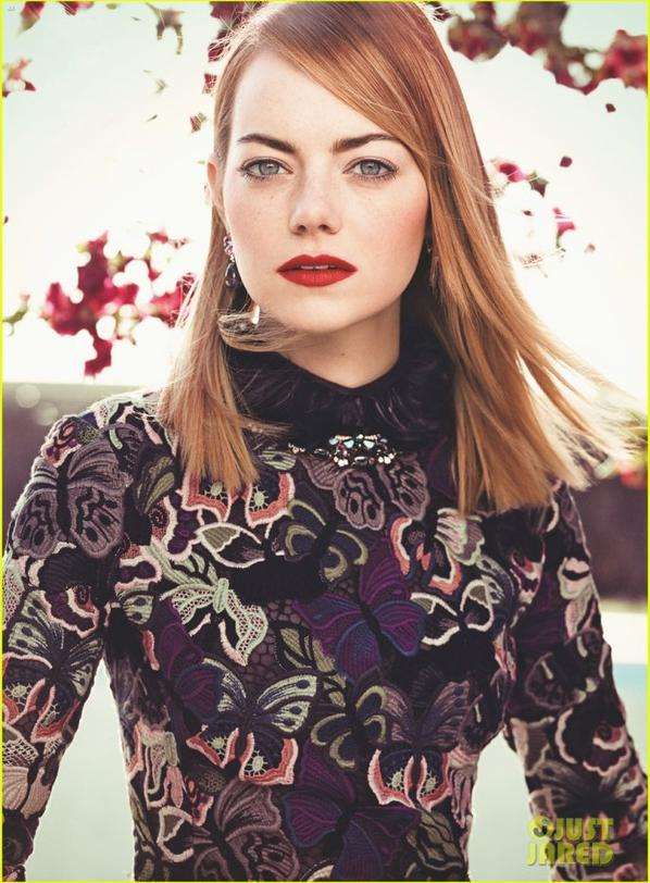 Emma Stone Covers 'Vogue !