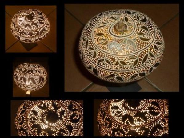 LAMPE EN CALEBASSE