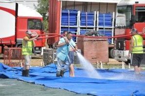 Cirque Arlette gruss lavage du chapiteau ??