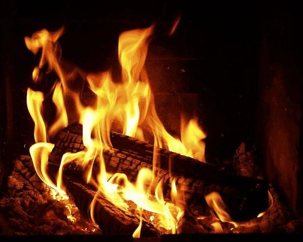 un bon feu                 pensée a tous les sdfs