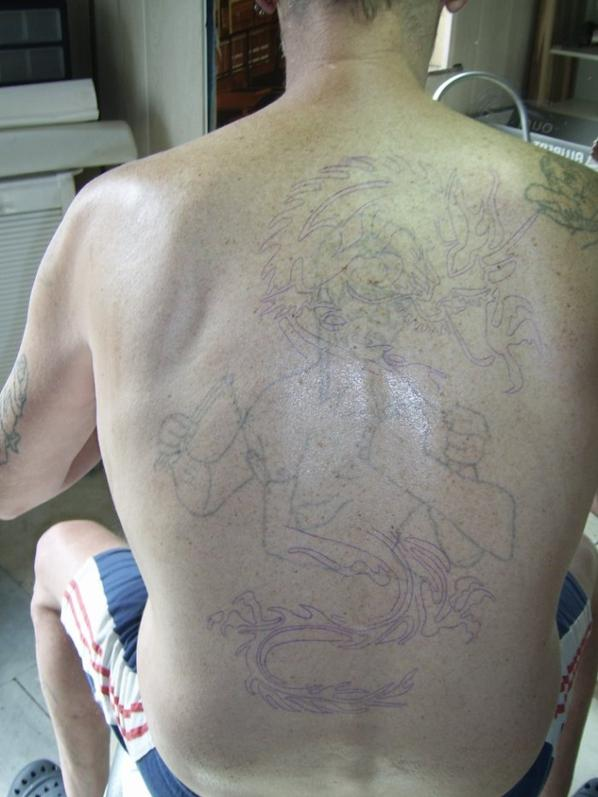 voila mon tatouage fait aujour d huit a pres 30 ans