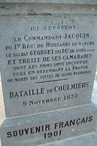 Le Monument de 1870 où repose le Commandant JACQUIN à SAINT SIGISMOND (45)
