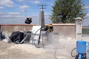 Le monument de 1870 du cimetière de St Sigismond est rénové . Coût de l'opération: 4961¤, financés sur les exercices 2012 et 2013, grâce à la participation des 14 communes du secteur et du SOUVENIR FRANCAIS.