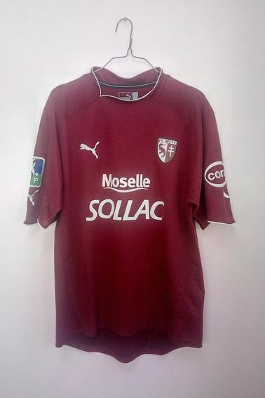 Maillot FC Metz porté par M. Meniri en championnat durant la saison 04/05