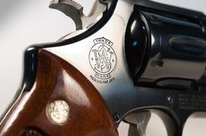 "#"" Smith 'n Wesson"