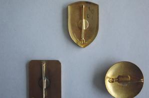 dernières rentrées: broches et insignes FFI, AVF, FFL