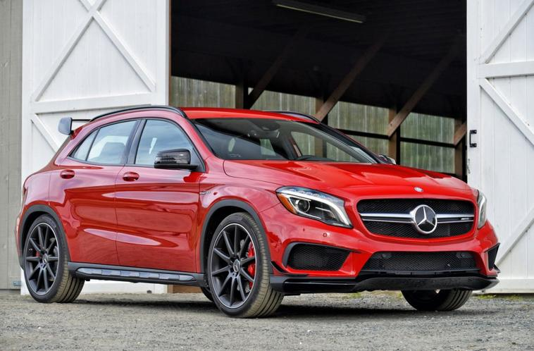 mercedes offre 381 chevaux aux cla et gla 45 amg mercedes benz galaxy. Black Bedroom Furniture Sets. Home Design Ideas