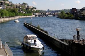 Depuis le port Henri Hallet, les départs pour Waulsort parmi les plaisanciers de ce samedi ...  ;)