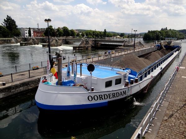 Nouveau sur la Haute-Meuse; OORDERDAM (B) Antwerpen (FLUVIANT N.V.)  GT.1702 - 86,00 m. 9,50 m. avec 1151t. de sable de carrière en provenance de Lustin et à destination de Puurs