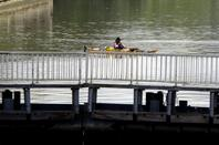 """Kayak pour le droit à la vie  """"TUNISIE-BRUXELLES""""  Georges Alexandre a débuté son périple le 10 septembre 2011!"""