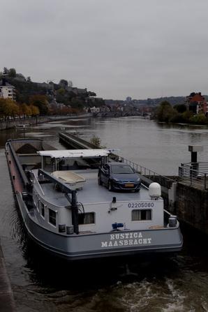 SPES IV (Marche-les-Dames) à destination du barrage de Hun pour le retrait du batardeau