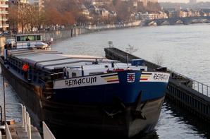 Fin de semaine très calme à l'entrée de la haute-Meuse... Les écoles nous rendront visite à l'occasion des Journées Wallonnes de l'Eau, entre le 16 et le 27 mars prochain. Le weekend du 21 et 22 mars sera réservé aux familles; samedi de 8h00 à 17h30 et dimanche de 9h00 à 14h00 -  Bienvenue à tous  ;)