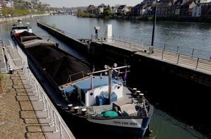 La Plante, début des travaux... Côté barrage, dernière phase pour la rénovation des vérins (P2 & P3) & côté écluse, aménagement du Ravel...