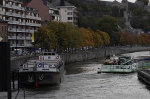 Faible trafic et interruptions pour travaux sur les vantelles... (!) Travaux plus conséquents programmés pour ce vendredi 9 octobre, avec une interruption de la navigation, entre 9h à 16h.