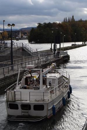 Hollande-France pour le CORMUS (NL) qui rejoint son nouveau port d'attache à Besançon.