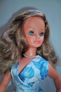 Cathie,en Tenue Lido 1970 vous souhaite une bonne semaine