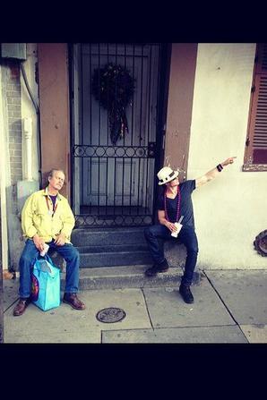 IAN SOMERHALDER : IL FAIT UN BREAK AVEC SON PAPA ! (PHOTO)