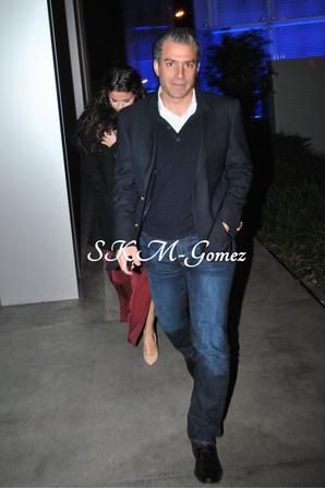 11/01/13 - Selena s'est rendue au restaurant Boa Steakhouse à West Hollywood.